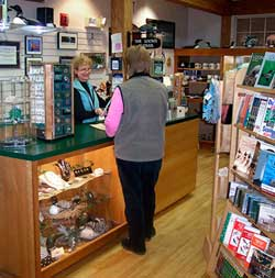 Loon Center Shop